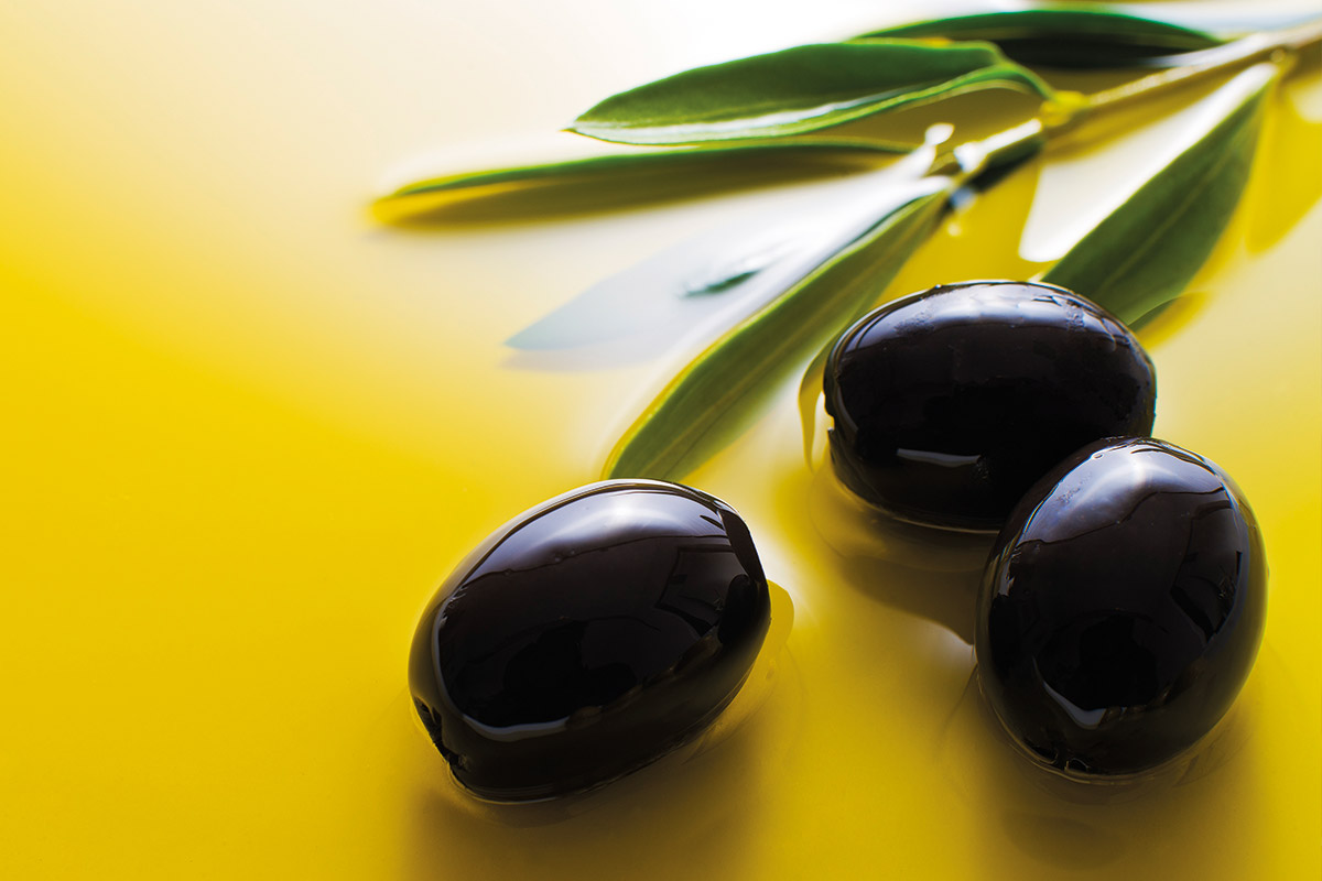 The Spanish olive sector wins the second quarter of the ripe olive tariff match